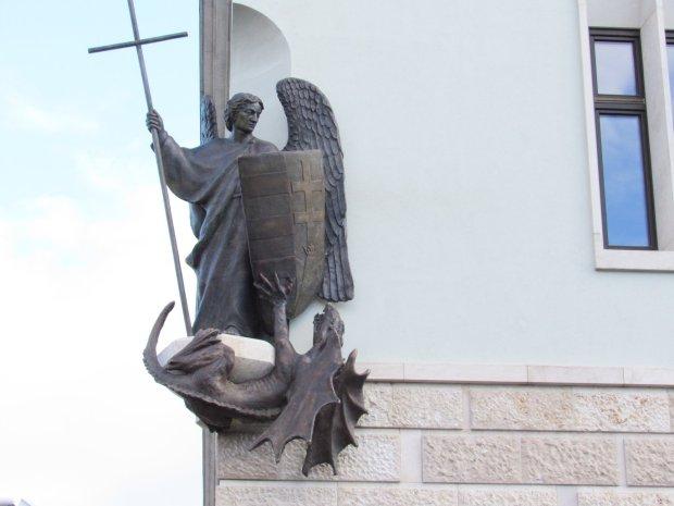 Szent Mihály is magyar